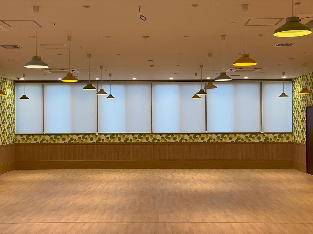 【窓装飾品】泉の里本町アーケード館【介護施設】